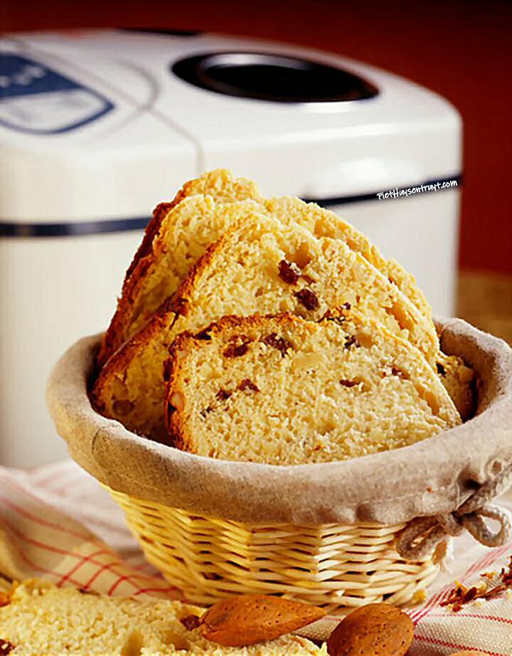 Rozijnenbrood broodbakmachine