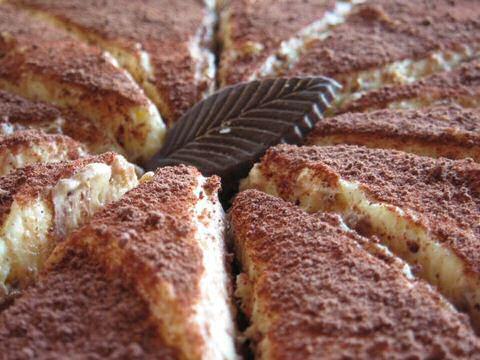Tiramisu gemaakt volgens richtlijnen uit een recept van SOS Piet