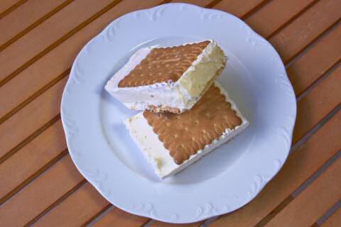 Roomijs petit beurre taart