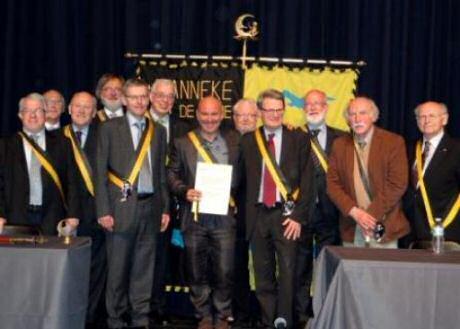 2012 nieuwe ridders uit de Orde van Het Manneke uit de Mane