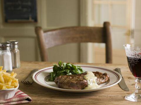 Gegrilde steak met bearnaise saus
