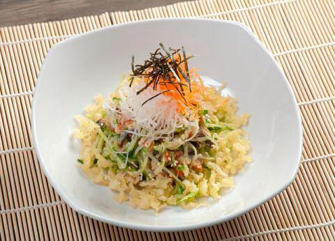 Salade met gerookte paling