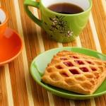 SOS Piet: carré confituur, pindasaus en mousse van ham