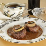 SOS Piet: steak Rossini, prei stoven en stevia madeleines